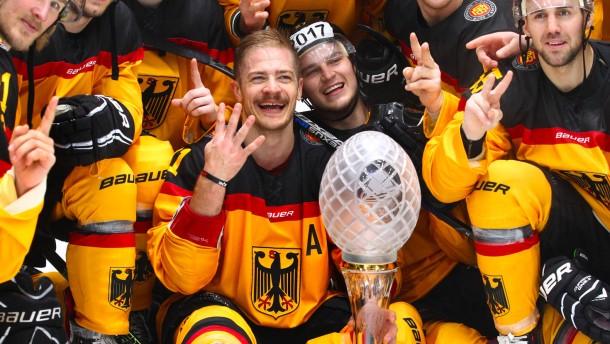 Perfekter Einstand für Eishockey-Bundestrainer Sturm