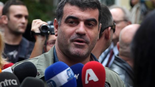 Der Journalist Kostas Vaxevanis muss sich abermals vor Gericht verantworten