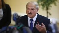 Lukaschenka bleibt an der Macht