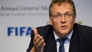 Suspendiertem Fifa-Generalsekretär drohen neun Jahre Sperre
