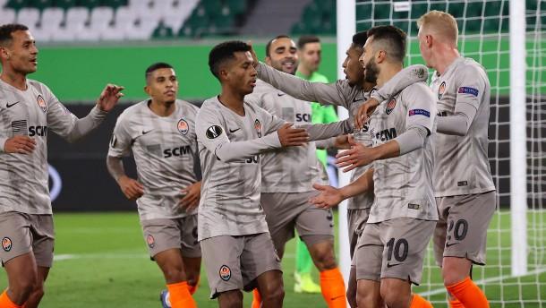 Donezk-Brasilianer zu stark für Wolfsburg