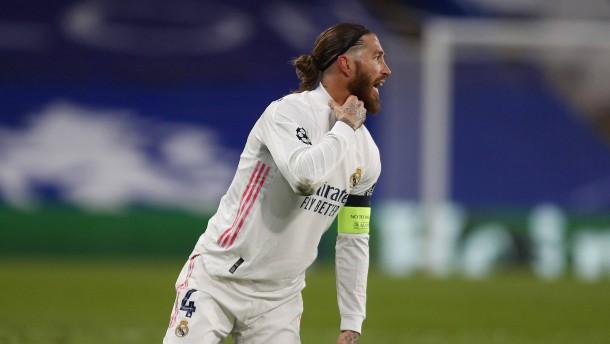 Schwarze Serie für Spaniens Kapitän