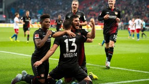 Leverkusens 39-Millionen-Sturm spielt groß auf