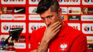 Lewandowski rechnet hart mit seinen Mitspielern ab
