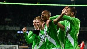 Wolfsburg überwintert als ungefährdeter Zweiter