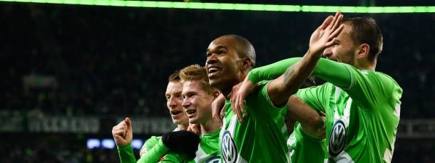 Der entscheidende Mann in grün und weiß: Naldo (2.v.r.) neben Bas Dost (r.) und de Bruyne