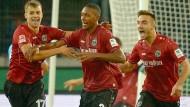 Kein Hannoveraner trifft, dennoch gewinnt 96 gegen Frankfurt