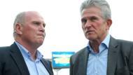 Wieder vereint bei den Bayern: Präsident Uli Hoeneß (links) und Trainer Jupp Heynckes (Bild von 2011).