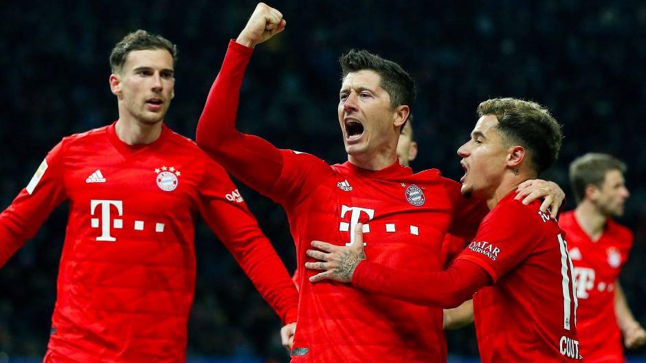 Nicht nur der FC Bayern lässt sich seine Spieler eine ganze Menge an Geld kosten.