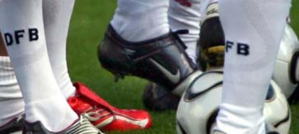 Nun Herrscht Schuhwahl Faz Freie An NationalmannschaftVon Fußball deroxCBW