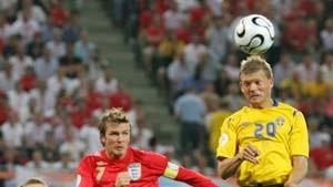 Marcus Allbäck schießt das 2000. Tor der WM-Geschichte