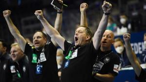 Deutsche Handballer nach Gala auf Weg zu Olympia