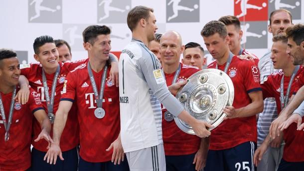 Meister Bayern eröffnet Saison gegen Hoffenheim