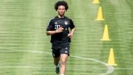 Erste Schritt beim neuen Verein: Leroy Sané beim Training in München.