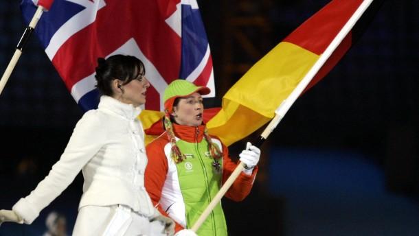 Darf Claudia Pechstein die deutsche Flagge tragen?