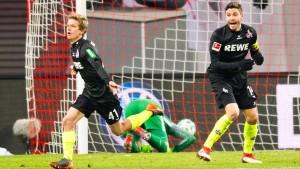 Köln schließt zum HSV auf