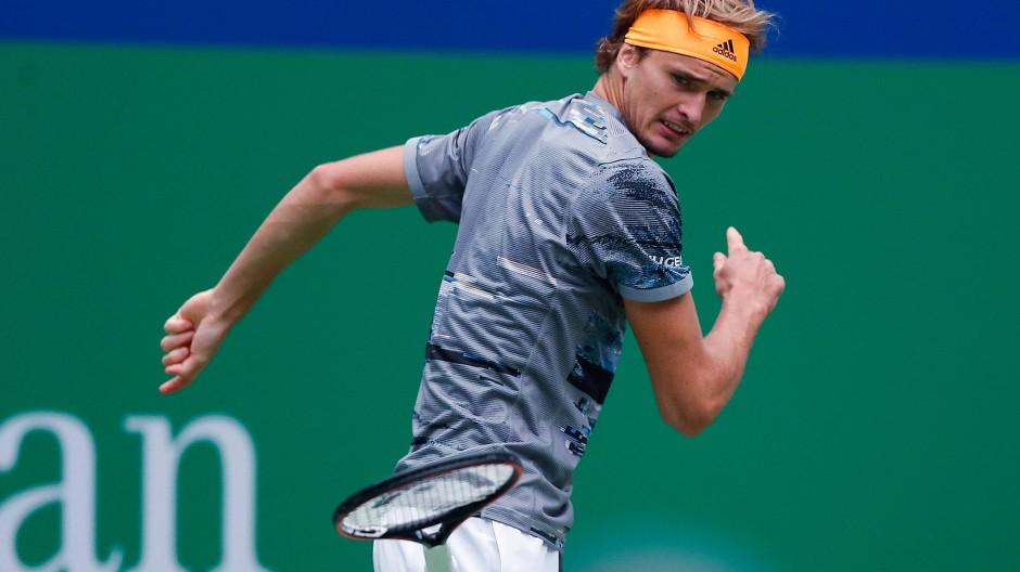 Sieger trotz Wut auf den Schläger: Alexander Zverev gewinnt in Schanghai sein Zweitrundenspiel.