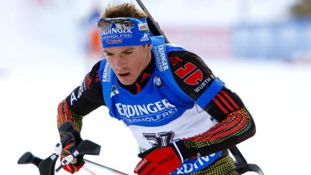 Schempp gewinnt Sprint vor Björndalen