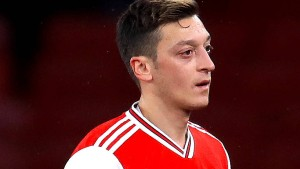 Mesut Özil beim FC Arsenal aussortiert