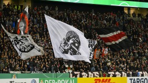 Wie Ultras die DFB-Aussperrung umgehen