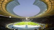 Im Olympiastadion in Berlin fand 2006 das Finale der WM statt.