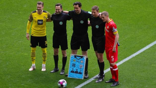 Dortmund siegt am Tag der Abschiede