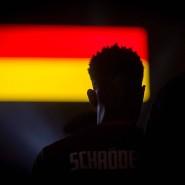 Ein Glück und doch kein Zufall: Mit Dennis Schröder als Führungsfigur könnte bei der WM eine neue Ära der Basketball-Nationalmannschaft beginnen.
