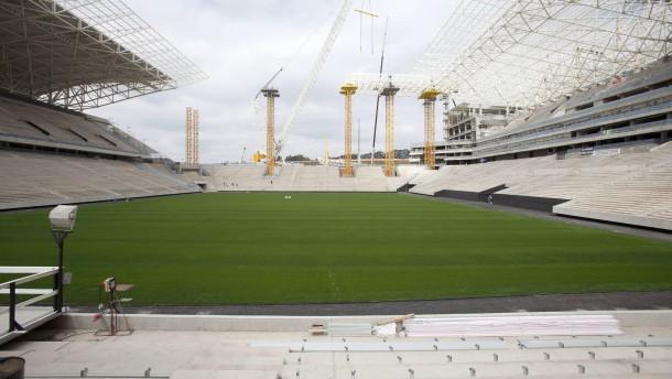 WM-Stadion ohne Genehmigung gebaut