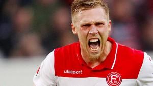 1. FC Köln verliert hitziges Derby