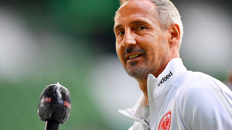 Die Tür ist auf für eine verlängerte Zukunft in Frankfurt: Trainer Adi Hütter