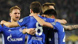 Schalke hat leichtes Spiel und kommt weiter