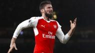 Özil bereitet goldenes Tor von Arsenal vor