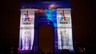 Paris leuchtet bereits im Zeichen der Spiele.