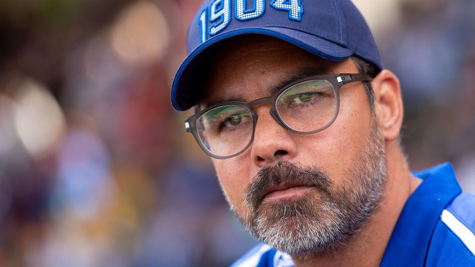 """Kritischer Trainer: Schalkes David Wagner warnt davor, die Tönnies-Aussagen zu vergessen, """"weil das einfach zu schwerwiegend ist""""."""