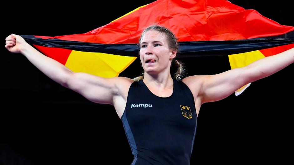 Aline Rotter-Focken holte sich die Goldmedaille im Ringen in Tokio.
