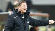Lautstark am Seitenrand: Trainer Markus Gisdol beim Spiel gegen Union Berlin.