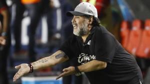 """""""Danke für alles, Diego"""""""