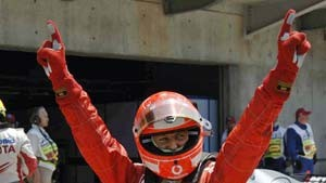 Schumacher erobert Pole Position