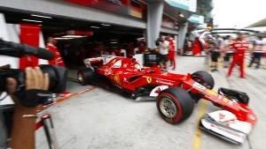 Vettels WM-Traum endet womöglich in der Box