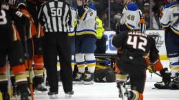 Spielabbruch nach Kollaps von Eishockey-Profi