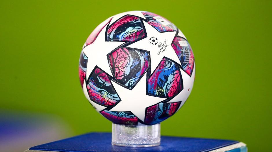 Nur um diese Kugel soll sich alles drehen: Spielball der Champions League.