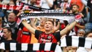 Die Fans sind zurück im Stadion und sehen einen Eintracht-Sieg.