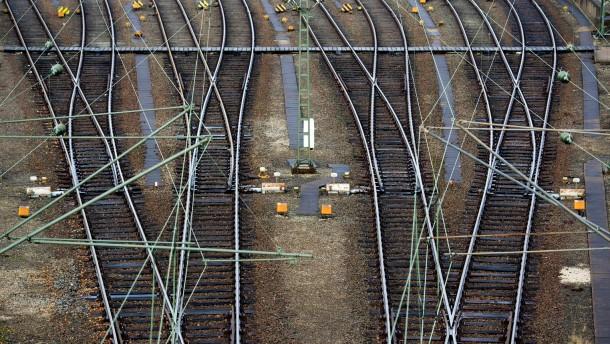 Die Bahn will vom Schienenkartell über eine Klage rund 750 Millionen Euro eintreiben