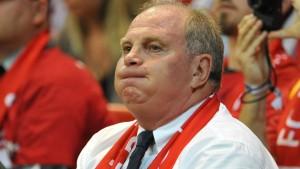 Hoeneß kritisiert Bauermann