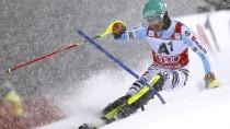 Wieder auf dem Podium: Felix Neureuther wird im Schneetreiben von Schladming Dritter.