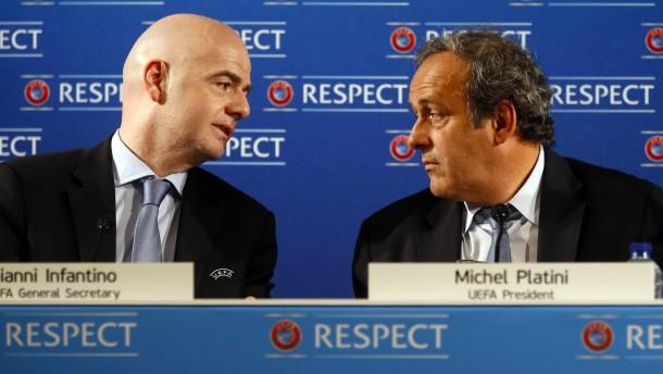 Platini fordert Rücktritt von Infantino