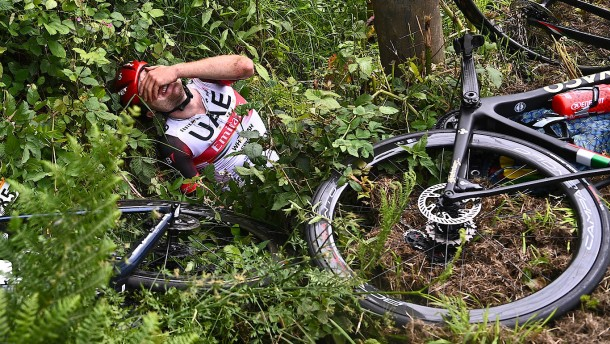 Schwere Verletzungen bei Radprofis