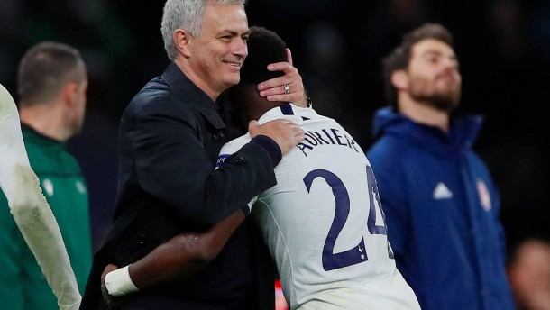 Mourinho meldet sich mit Sieg zurück
