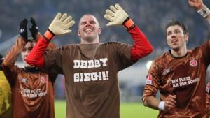 Derby-Held von der Ersatzbank