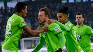 Wolfsburg krempelt die Ärmel hoch und siegt